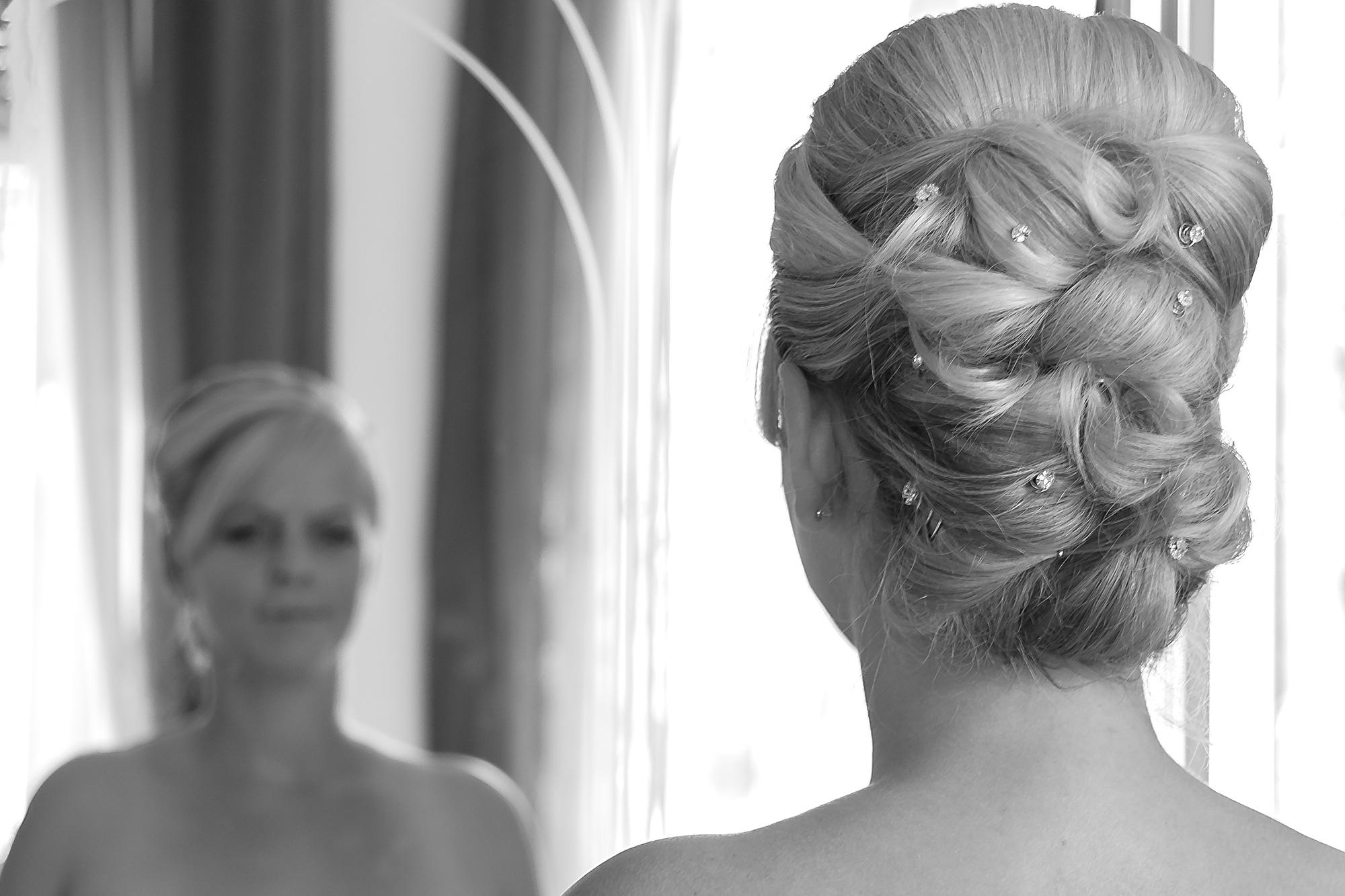 Spiegelung Braut